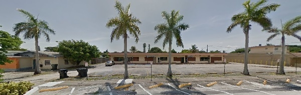 Chic She Boutique 138 NE 1st Ave Hallandale Beach Florida