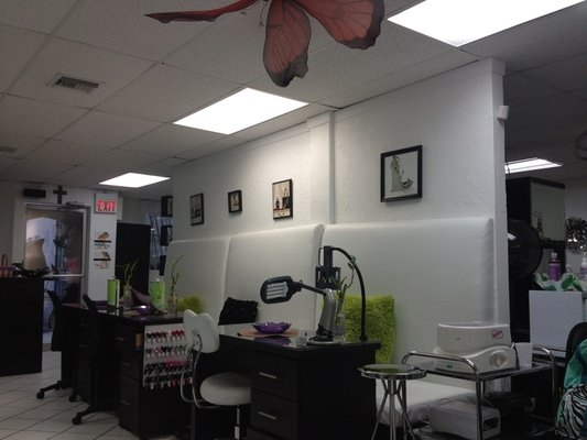 Midtown Beauty Bar 3814 NW 2nd Ave Miami Florida