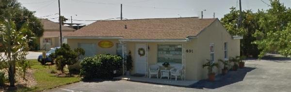 Faye's 4th Ave Salon Nails & Facials 401 4th Ave Indialantic Florida