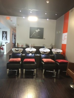 Leelou Salon and Spa 200 S Biscayne Blvd Ste 700A Miami Florida