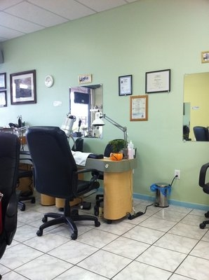 Fresh Nails 9652 SW 72nd St Miami Florida