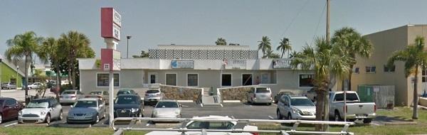Tanglez 7395 Gulf Blvd Ste 4 St Pete Beach Florida
