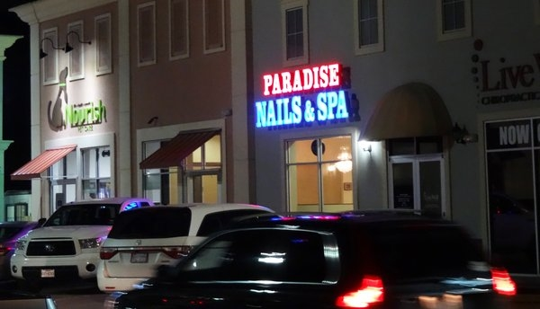 Paradise Nails & Spa 7951 Katy Fwy Houston Texas